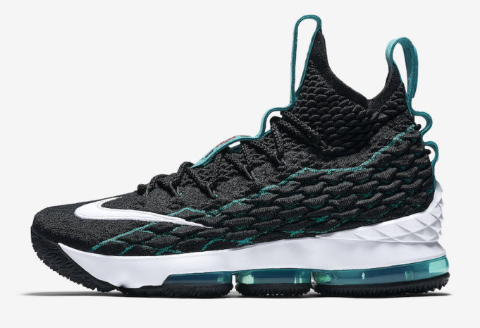 Nike-LeBron-15-Griffey-1-2-681x465.jpg
