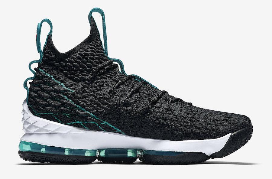 Nike-LeBron-15-Griffey-2-2.jpg