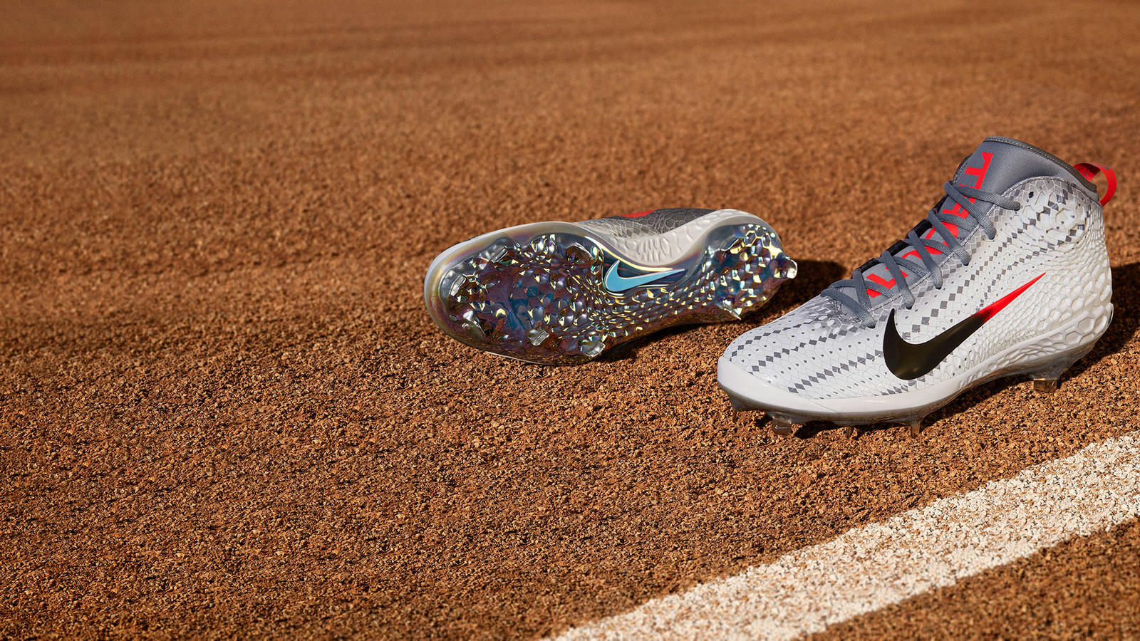 Fa18_BSBL_Trout5_NA_Cleat_01_re_hd_1600.jpg