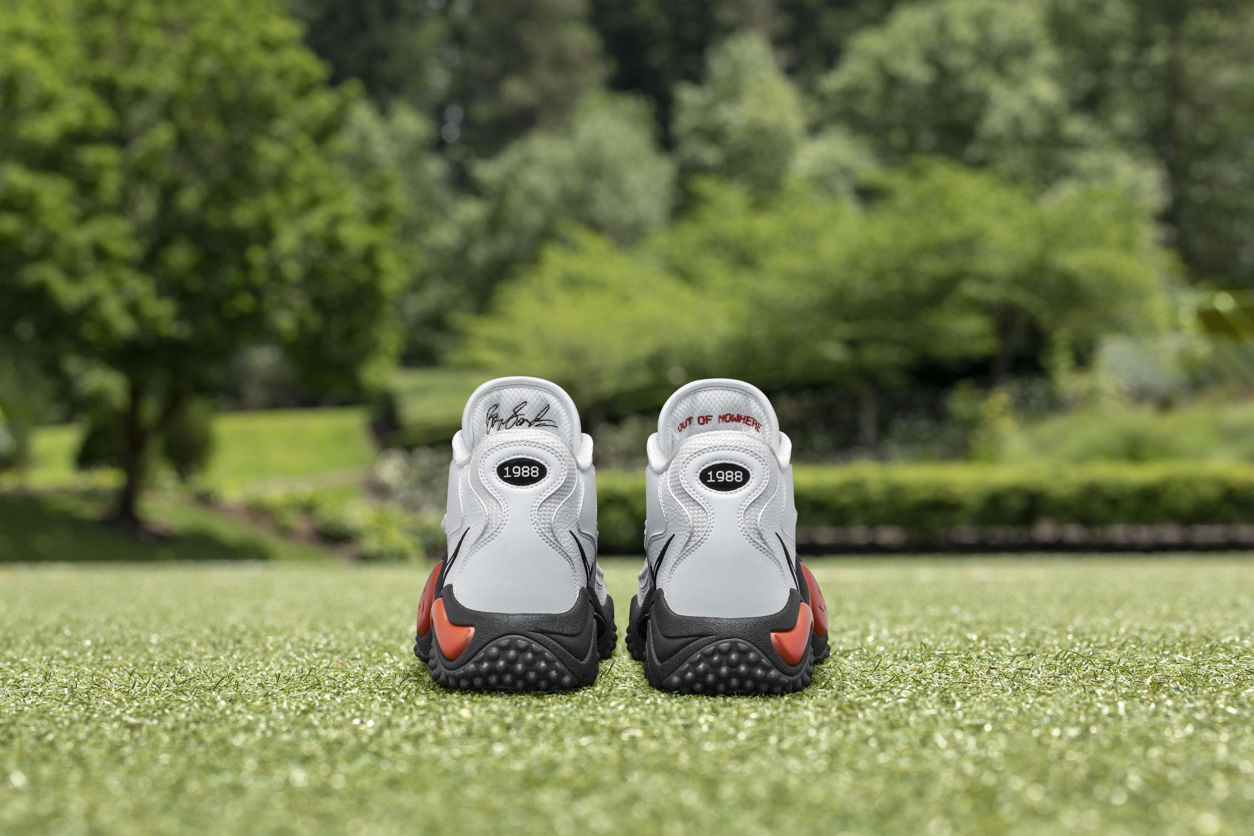 Nike_NFB_Energy_FW_Barry_Sanders_Heels.jpg
