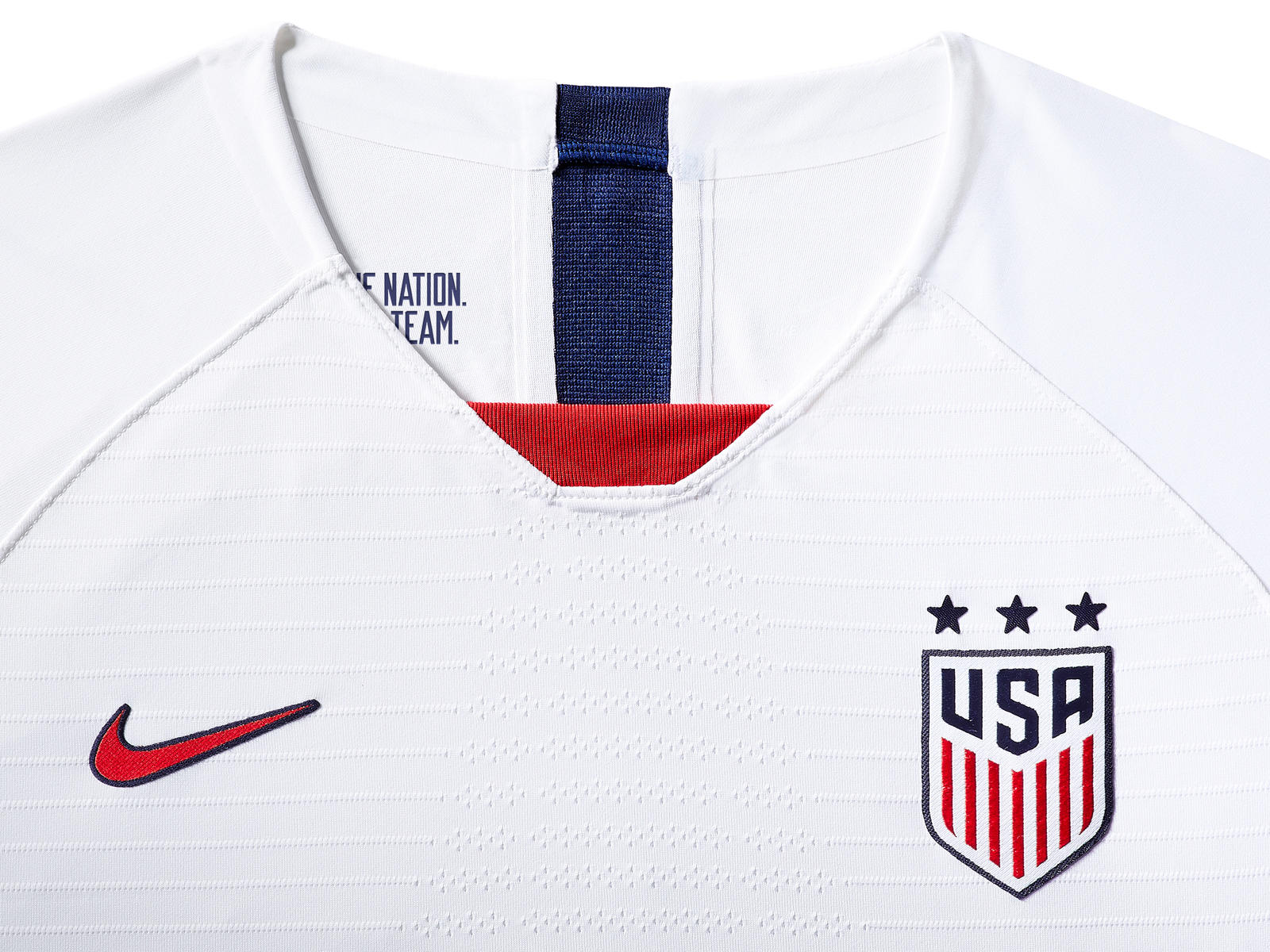 usa-national-team-kit-2019-laydown-003_85925.jpg