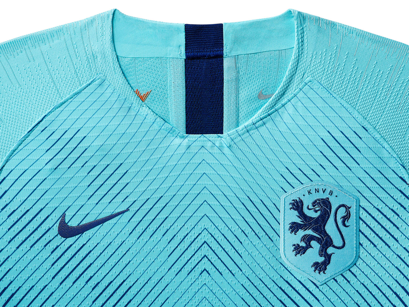 netherlands-national-team-kit-2019-laydown-001_85952.jpg