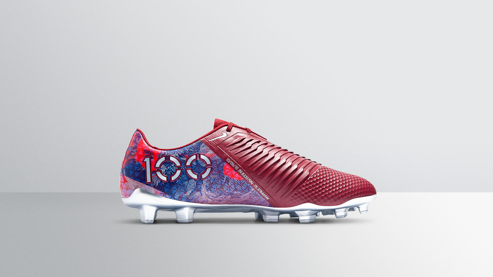 Nike_FeaturedFootwear_PVenom_EliteSE_AlexMorgan-1447_hd_1600.jpg