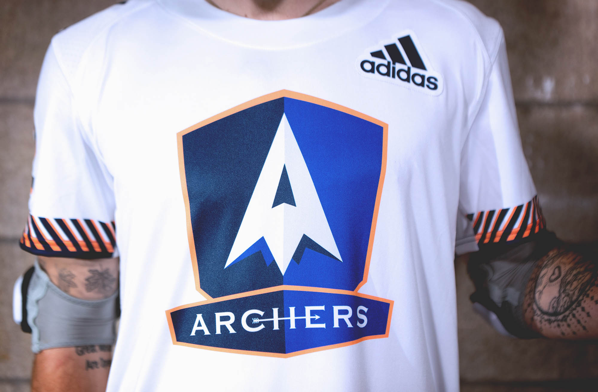 adidasLacrosse_PLL_ARCHERS_Crest_Away_01.jpg
