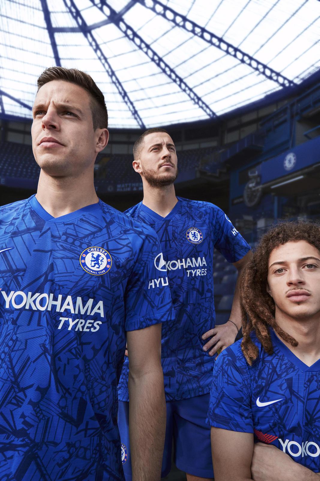 Nike_ChelseaFC_HomeKit_2019-20_7_native_1600.jpg