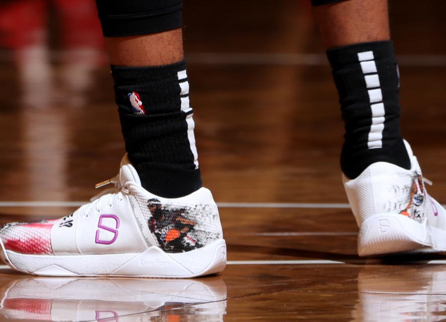 dinwiddie-sneakers-2019-08.jpg