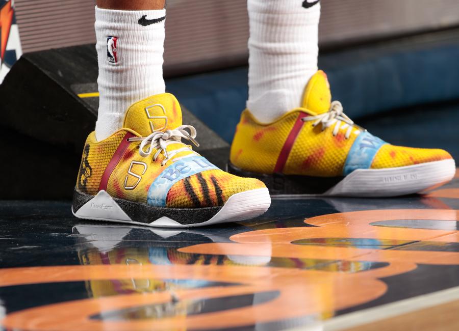 dinwiddie-sneakers-2019-14.jpg