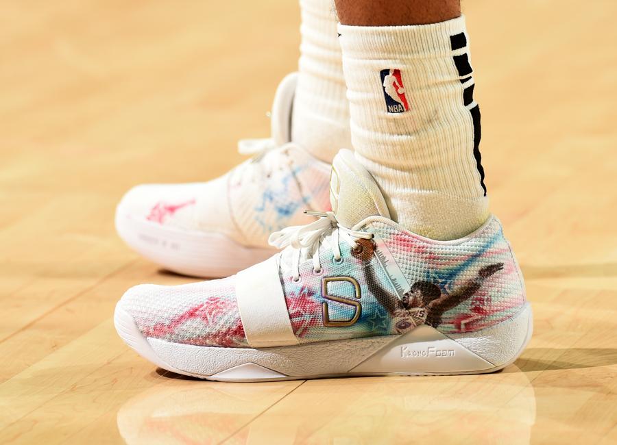 dinwiddie-sneakers-2019-21.jpg