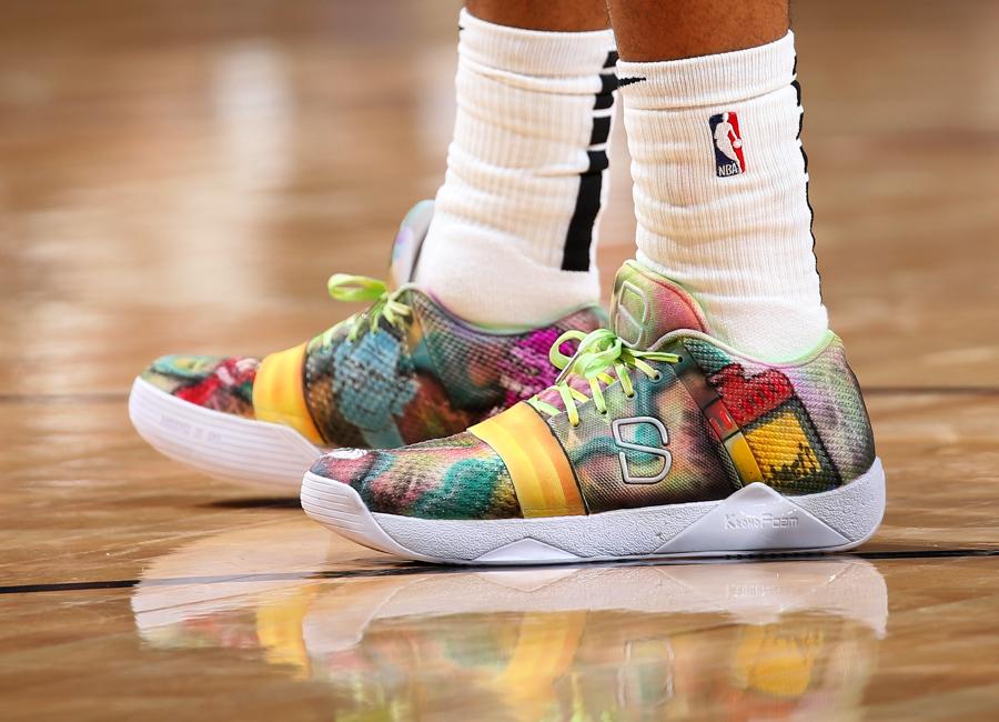 dinwiddie-sneakers-2019-27.jpg