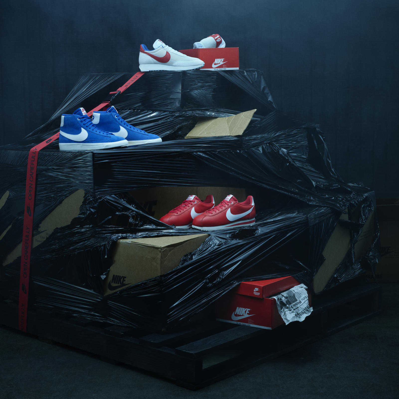 nike-stranger-things-collection-03_square_1600.jpg