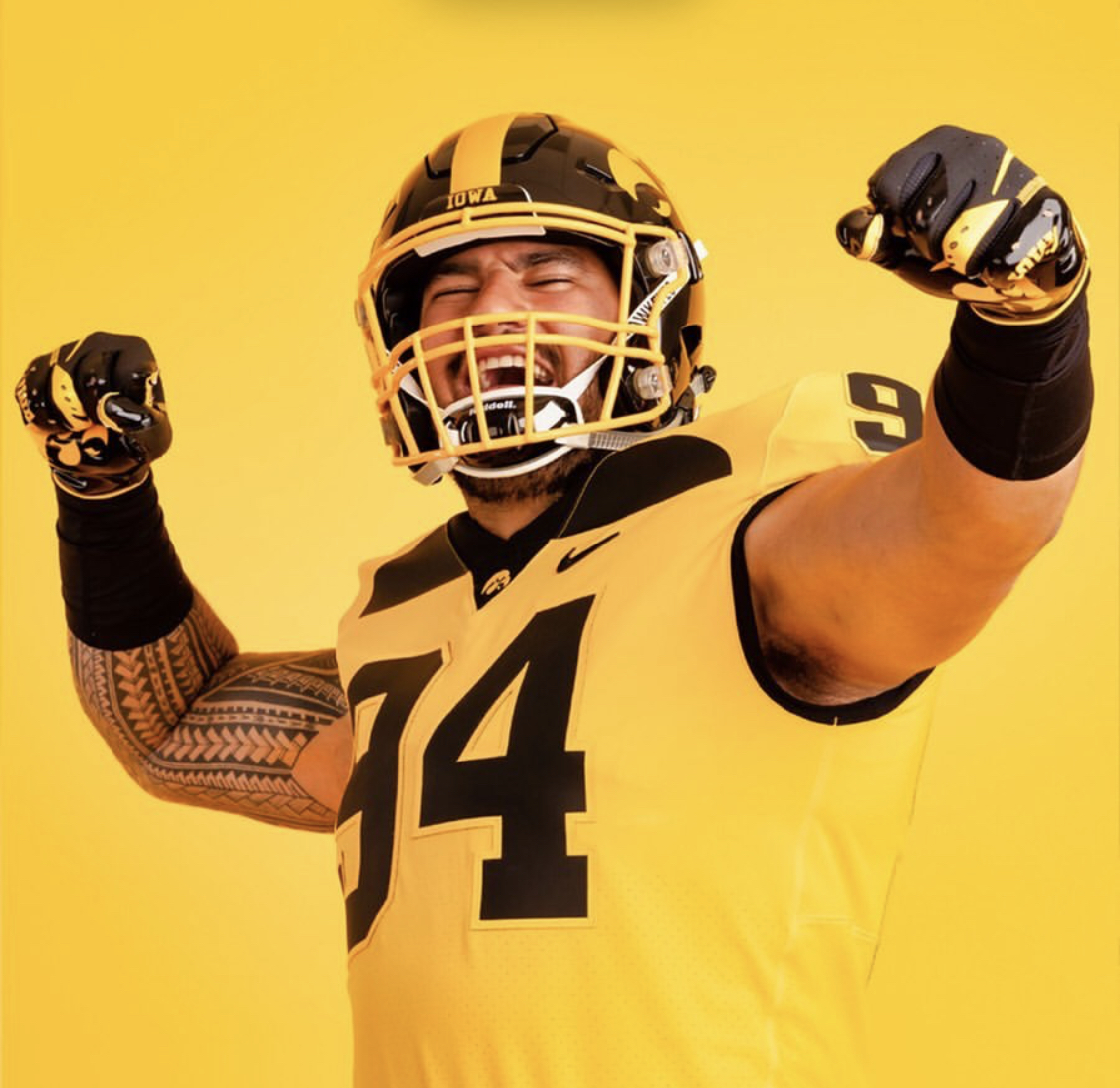 pretty nice 4954b 63345 Iowa Hawkeyes GOLD Uniform — UNISWAG