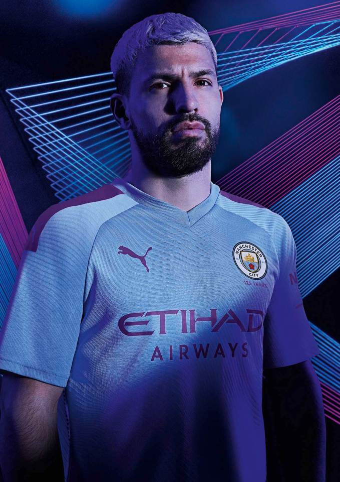19AW_PR_TS_Football_Manchester-City_Home_Portrait_Aguero-1_RGB.jpg