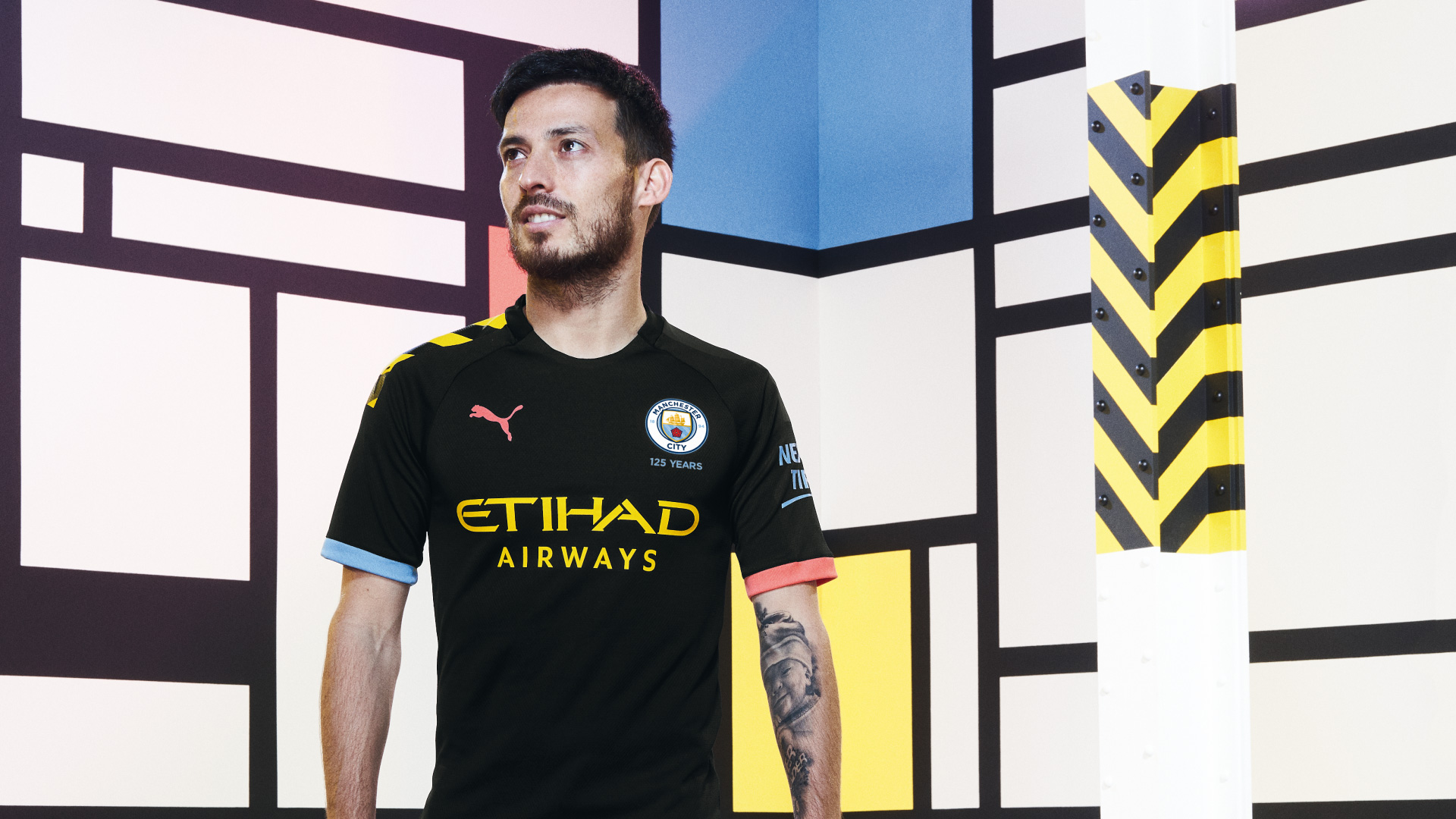 19AW_Social_TS_Football_Manchester-City_Away_1920x1080px_Portrait_Silva_06004.jpg