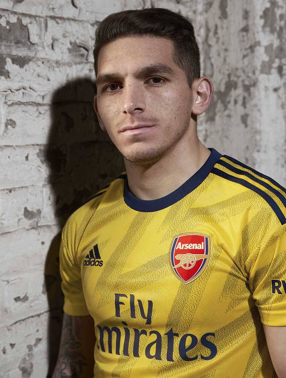 torreira_small_cropped.jpg