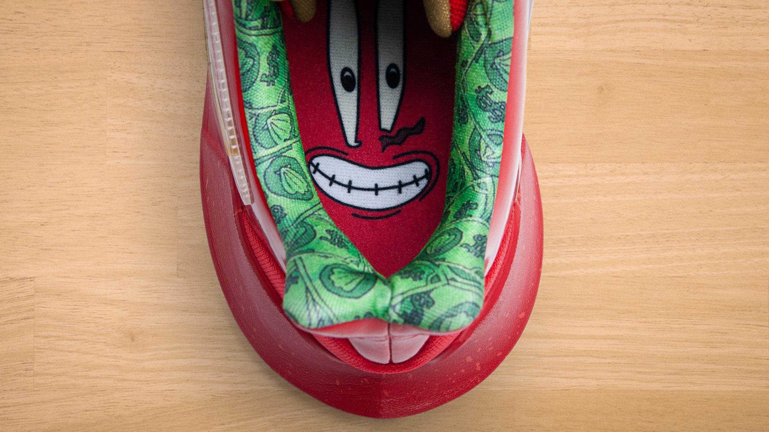 NikeNews_NikeBasketball_Kyrie_Spongebob_DSC_8125_1_89210.jpg