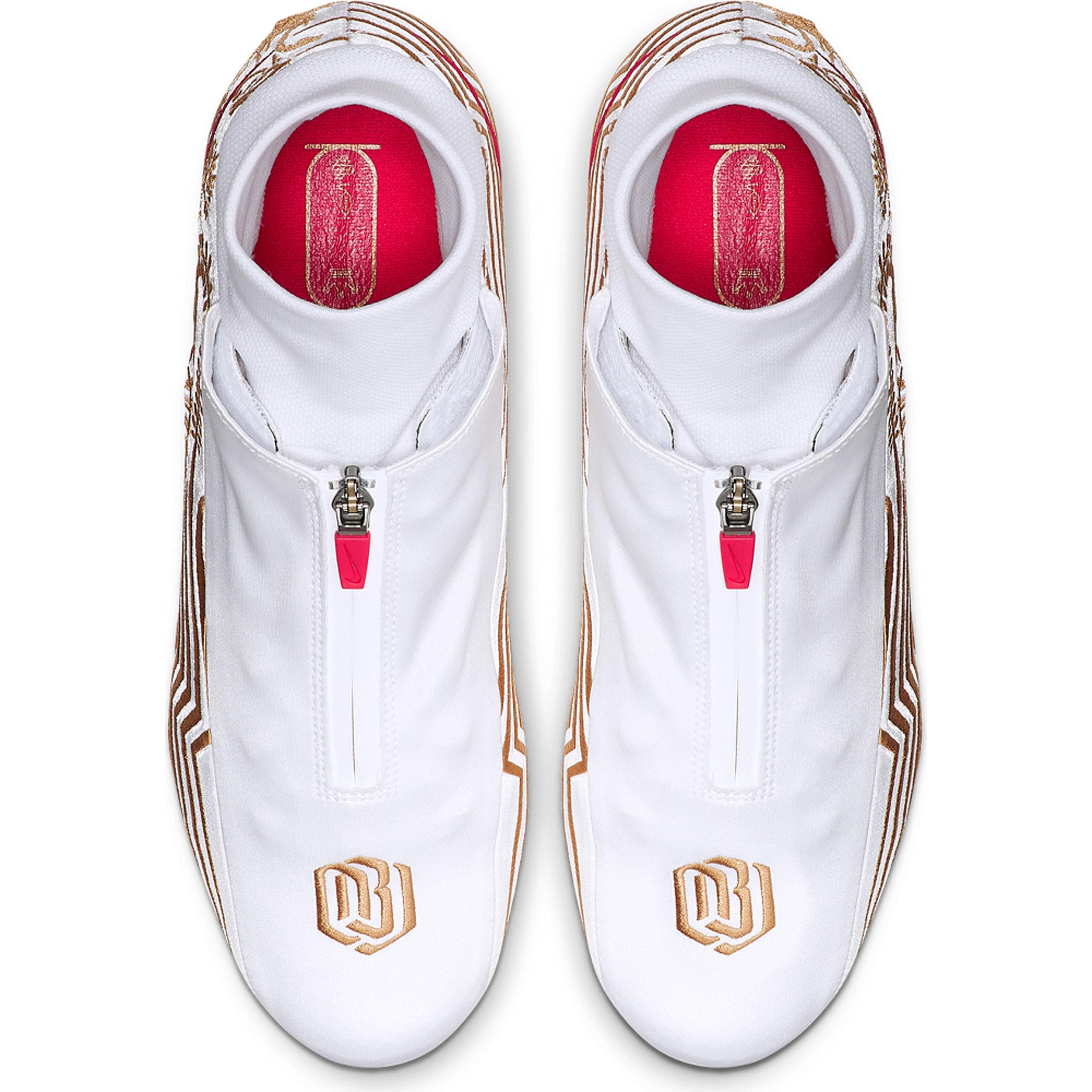 NikeNews_NikeVaporUntouchablePro3_OBJ_03_89287.jpg