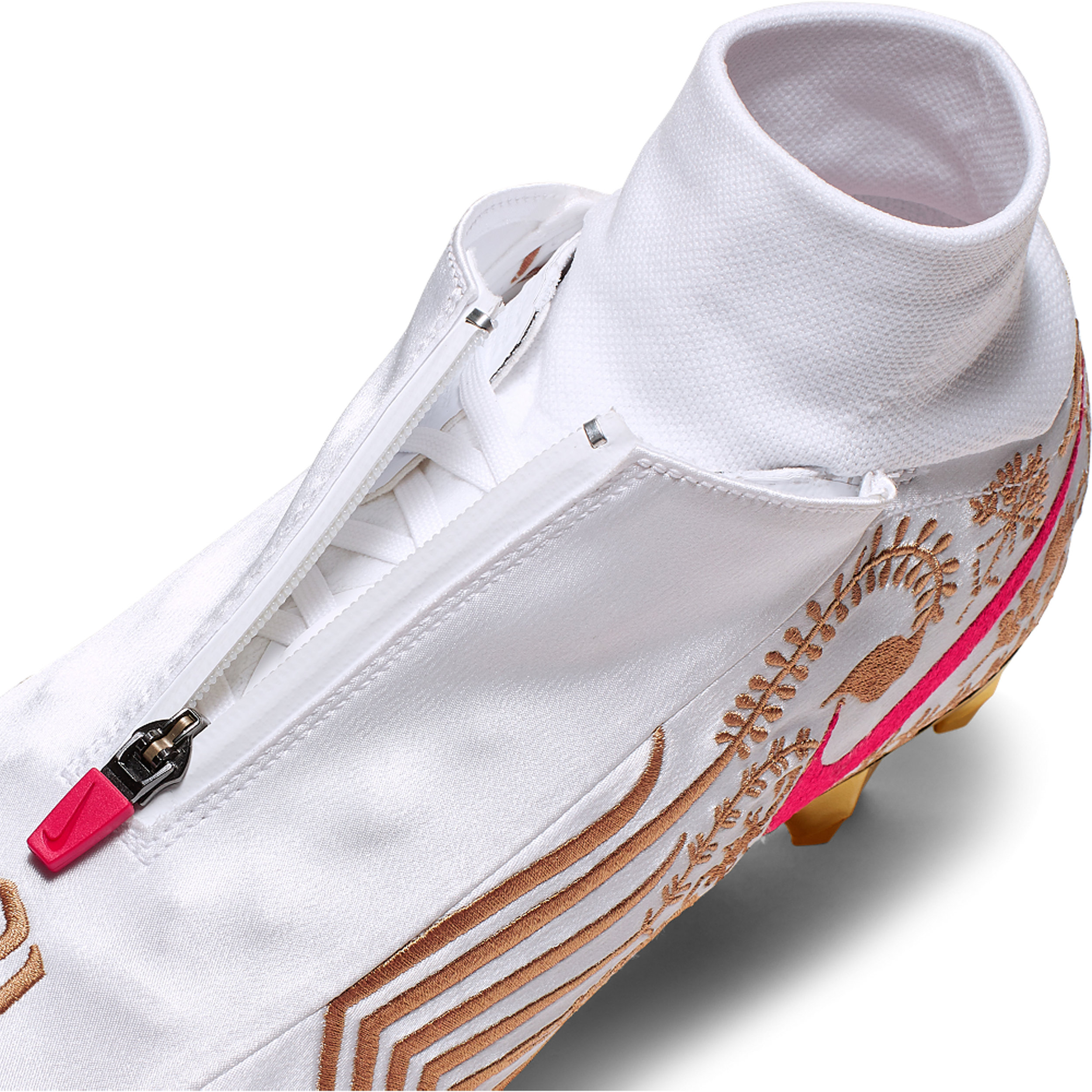NikeNews_NikeVaporUntouchablePro3_OBJ_10_89290.jpg