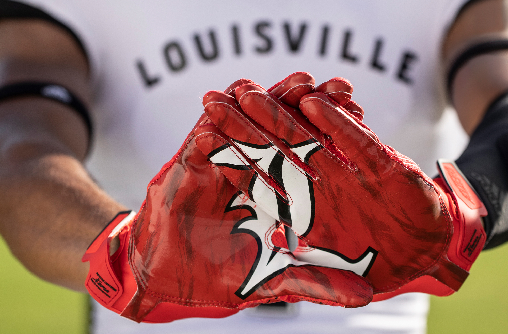 adidas_NCAA_OnField_Detail_Louisville3_2000x1314.jpg