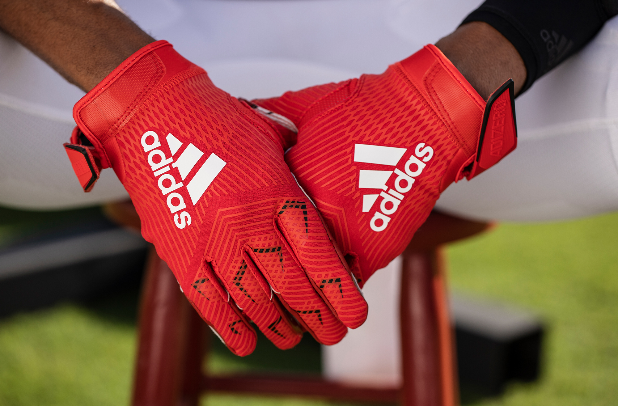 adidas_NCAA_OnField_Detail_Louisville4_2000x1314.jpg