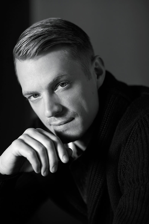 Joel Kinnaman by Lorenzo Agius  50*60 cm Ed 25  75*100 cm Ed 25  100*120 cm Ed 15  Prices from 3000 pund