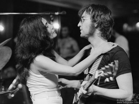 John Lennon & Yoko Ono, NYC - 1972 by Bob Gruen