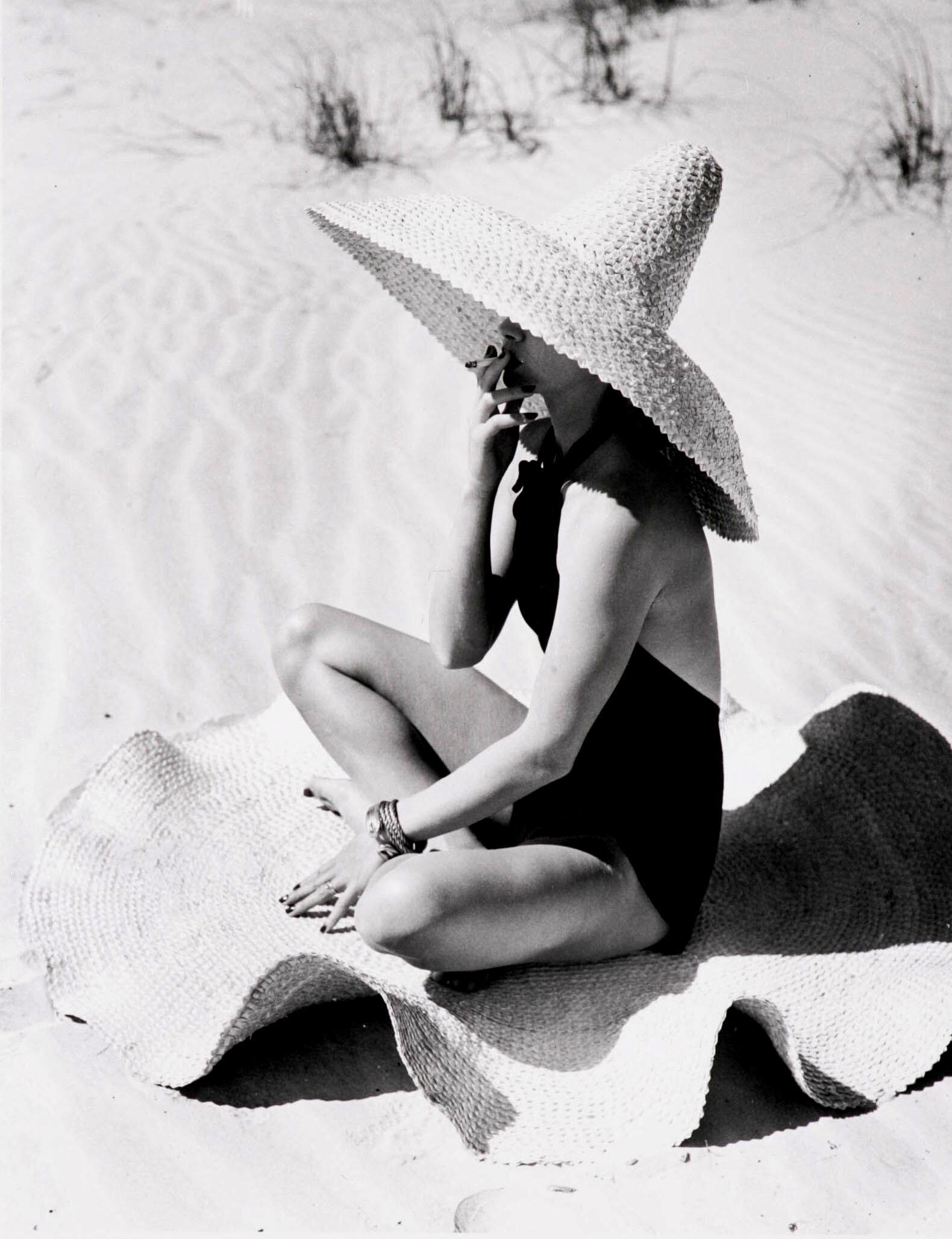 fernand fonssagrives mexican extravaganza 1949 lisa.jpg