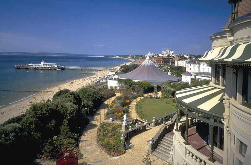 View-of-Bournemouth-beach-from-the-Russell-Cotes-Art-Gallery-and-Museum.jpg