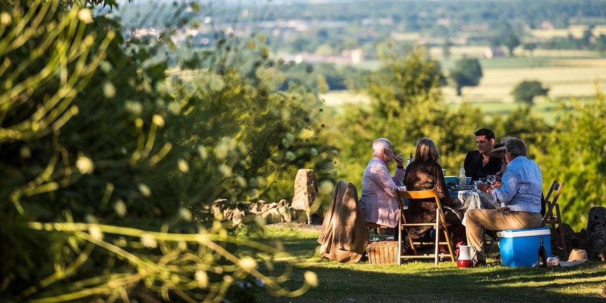 Longborough Festival Opera - picnics in the sun