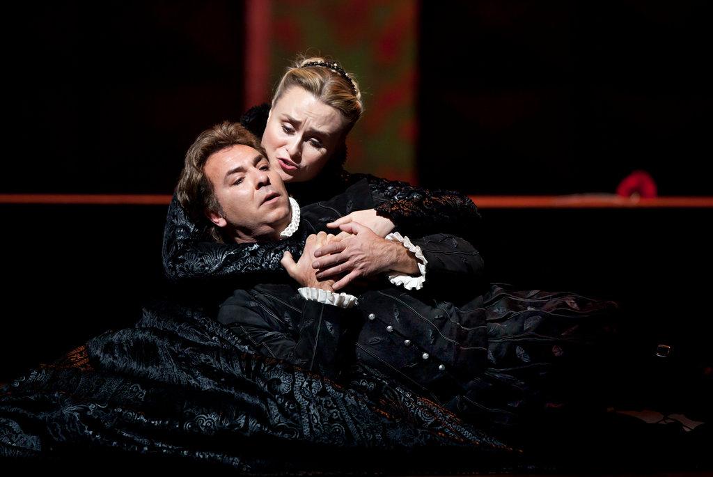 Marina Poplavskaya & Roberto Alagna in Don Carlos