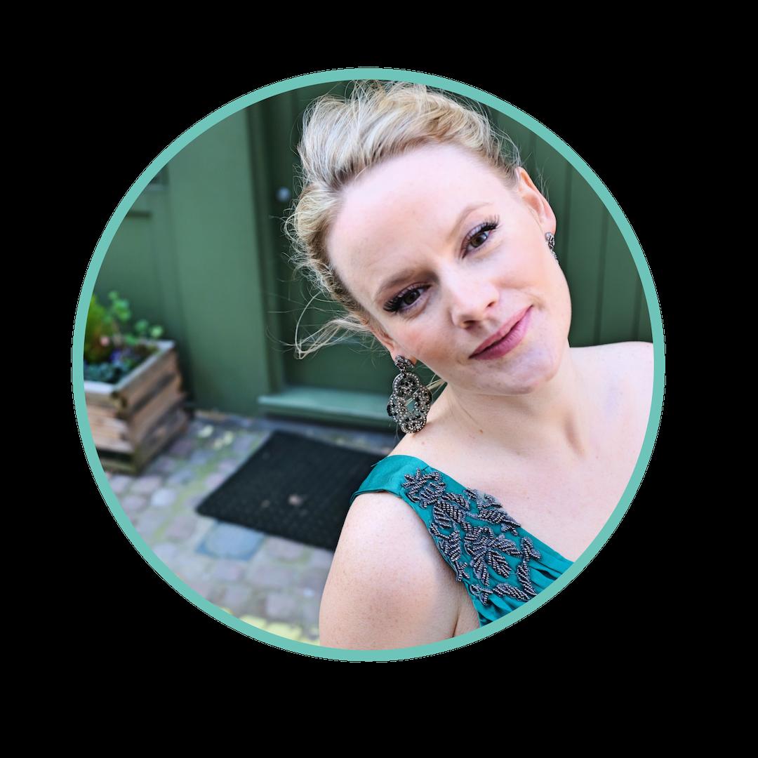 Lizzie Holmes blog