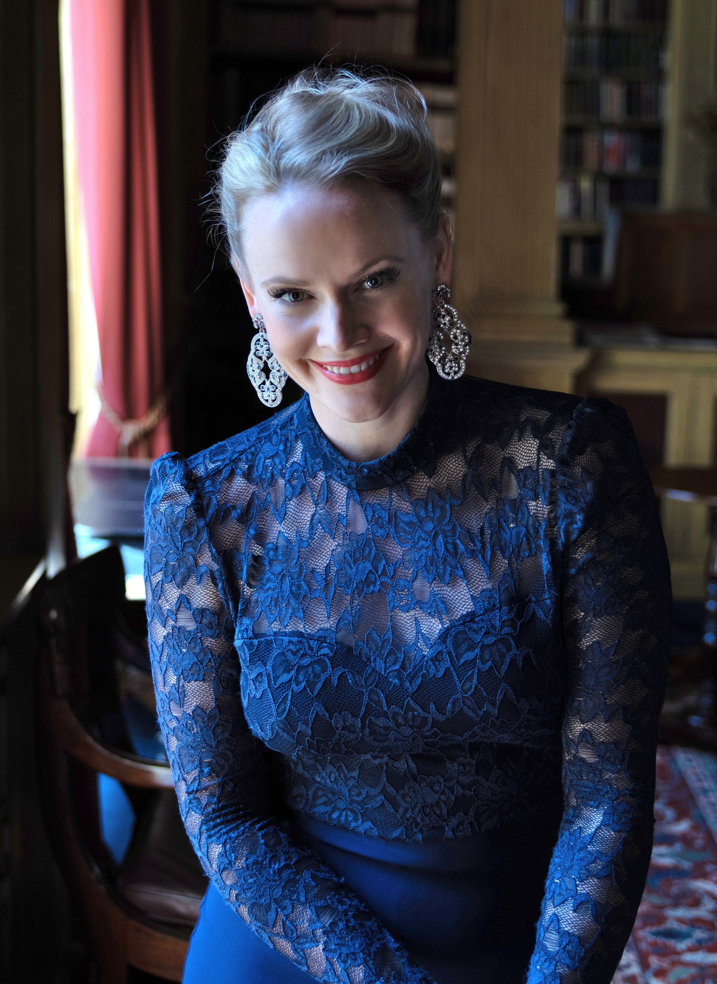 Lizzie Holmes, soprano | Photo by Bill Knight