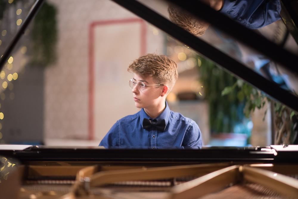 DEBUT at Shoreditch Treehouse | Secret Classical Concert | Sam Pena, improvisor pianist