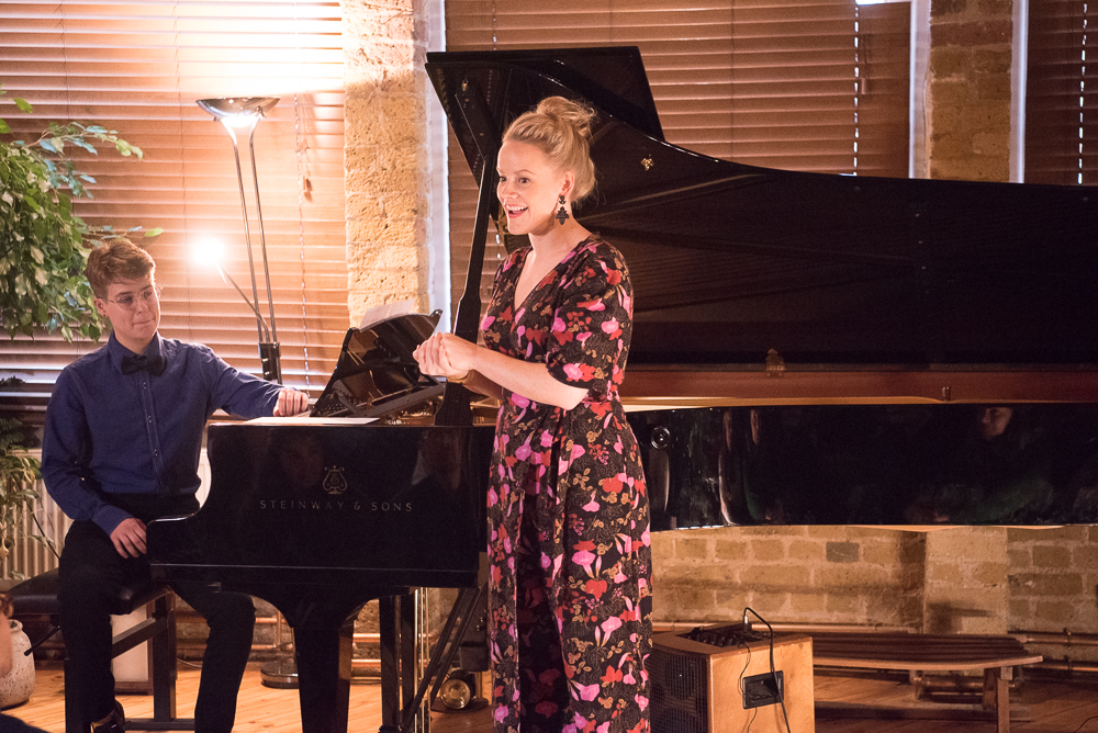 DEBUT at Shoreditch Treehouse | Secret Classical Concert | Lizzie Holmes soprano and Sam Pena pianist