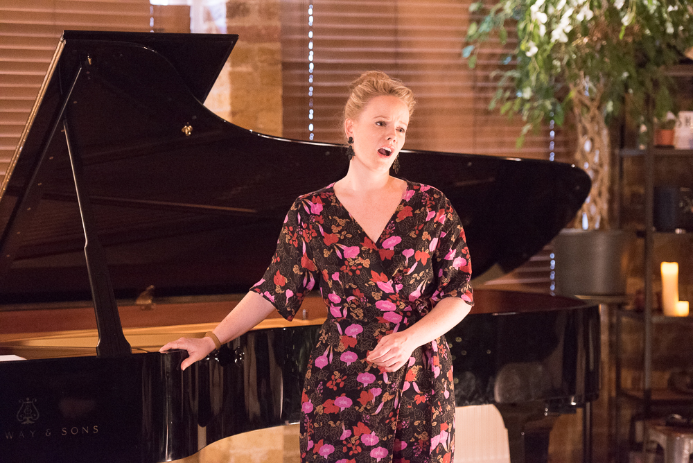DEBUT at Shoreditch Treehouse | Secret Classical Concert, Lizzie Holmes soprano