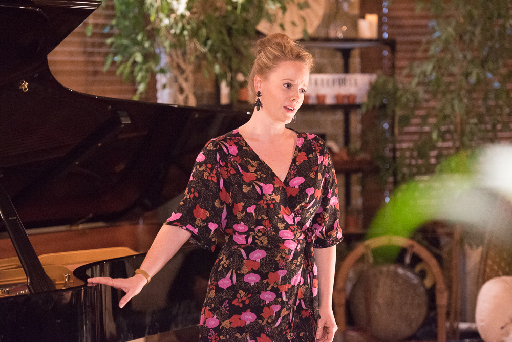 DEBUT at Shoreditch Treehouse | Secret Classical Concert | Lizzie Holmes, soprano
