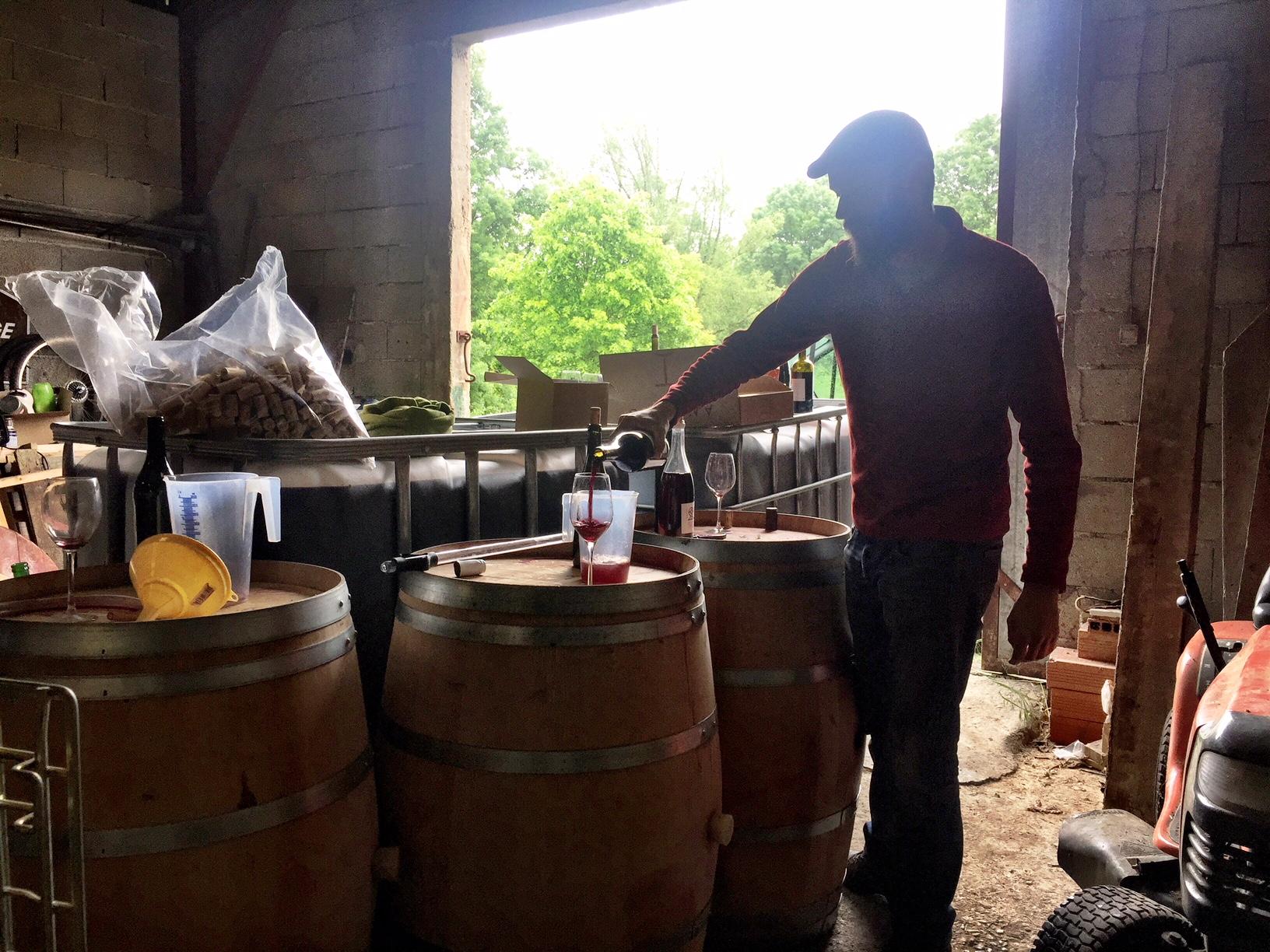 Dégust chai garage vinif Romuald Cousy domaine l'Ambitio