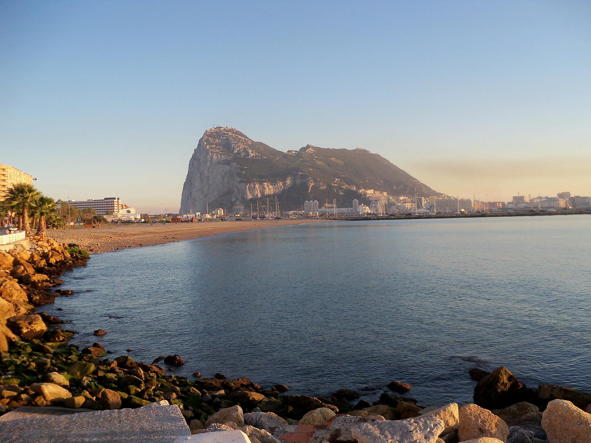 gibraltar-172660_1920.jpg