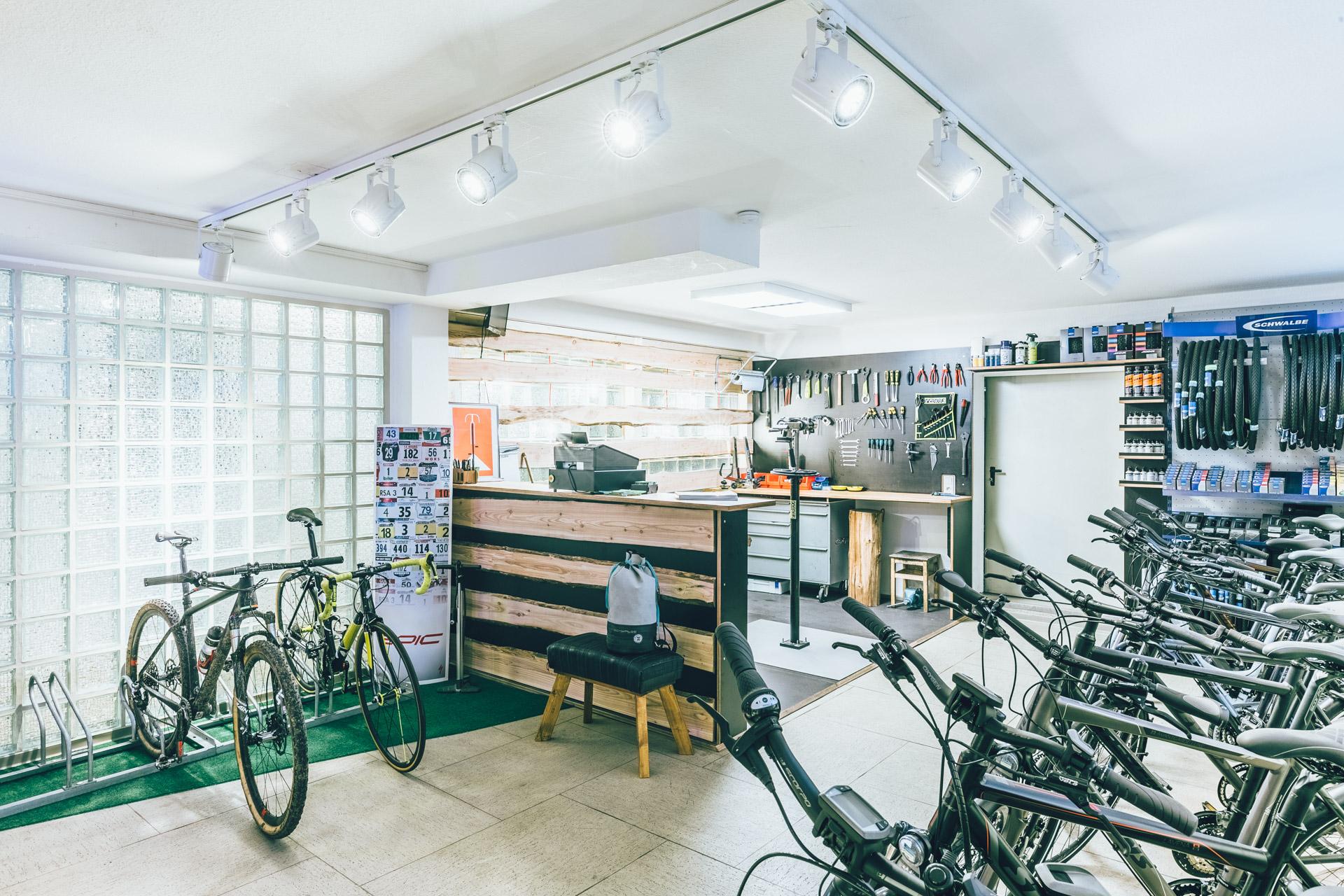 BIKE-FABRIK Fahrradwerkstatt II