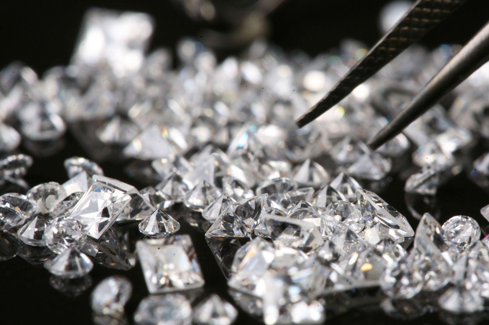 DIAMONDS -
