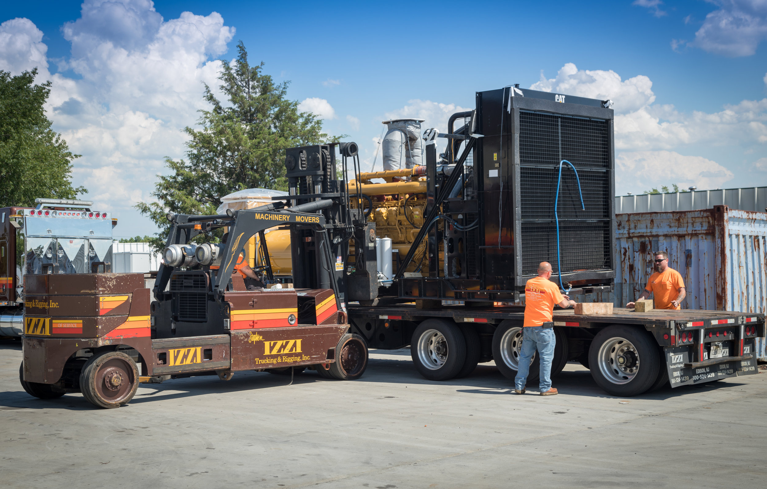 MACHINERY MOVING& RIGGING  - We Specialize in getting your equipment in Place