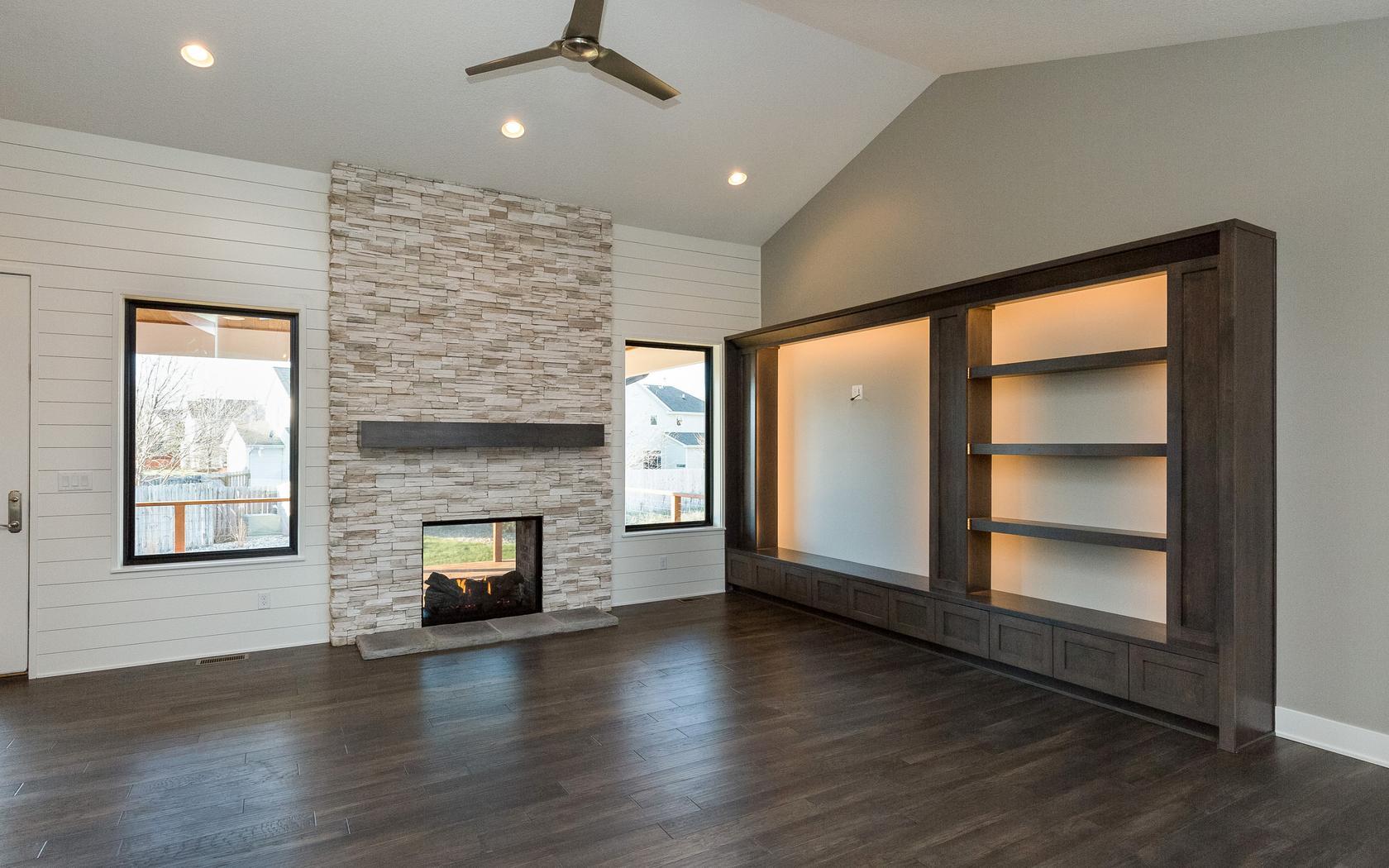 Next-Step-Homes_Grand-Woods_living-room.jpg