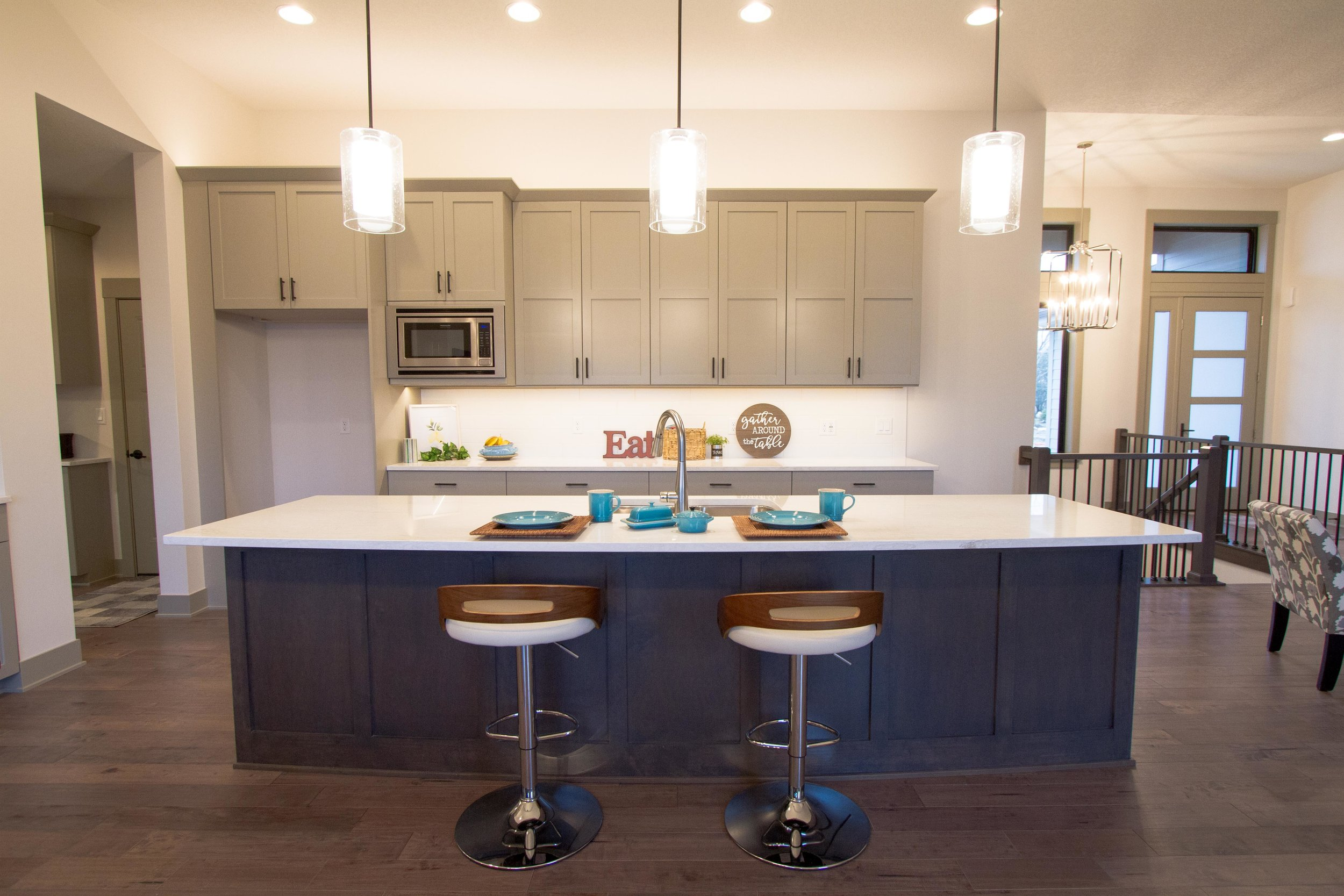 Next-Step-Homes_16885-Madison-Circle-Clive_Kitchen-Front-2.jpg