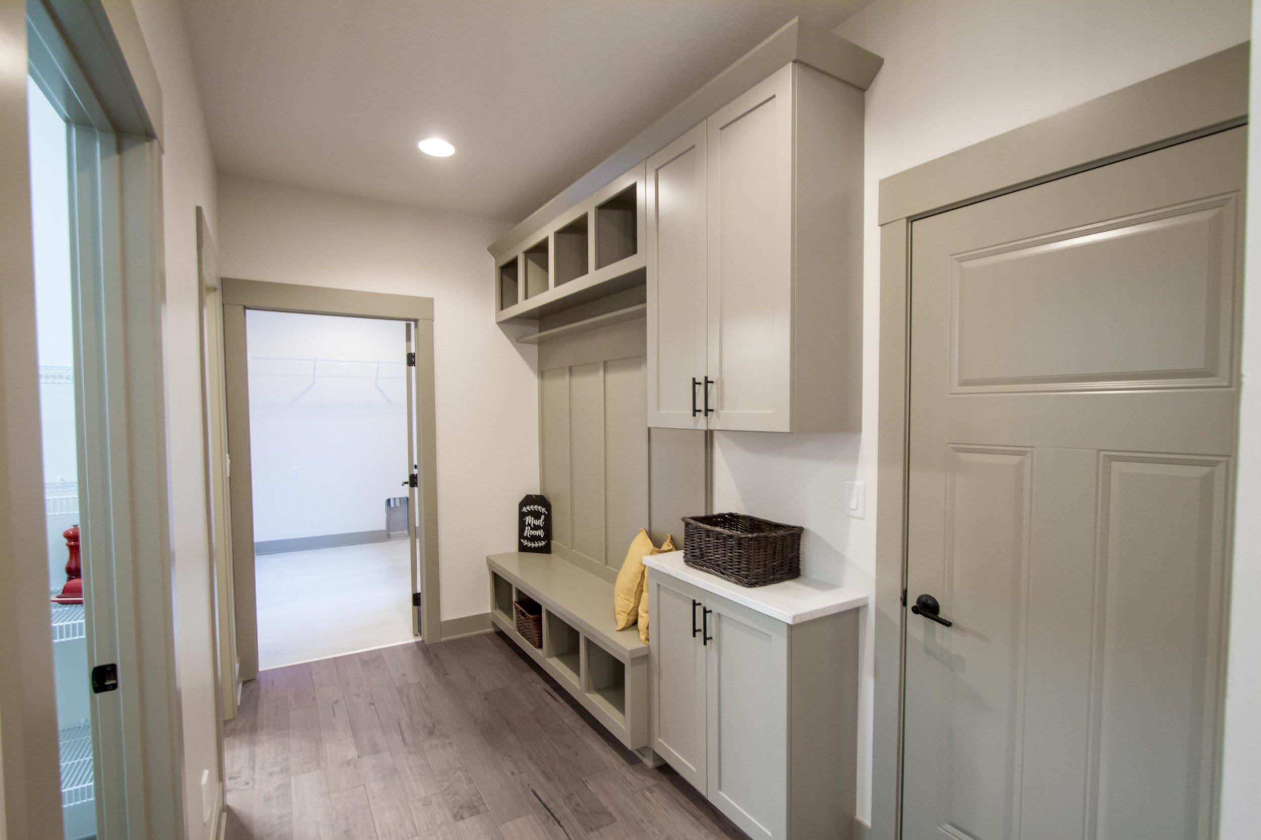 Next-Step-Homes_16885-Madison-Circle-Clive_Mudroom-3.jpg
