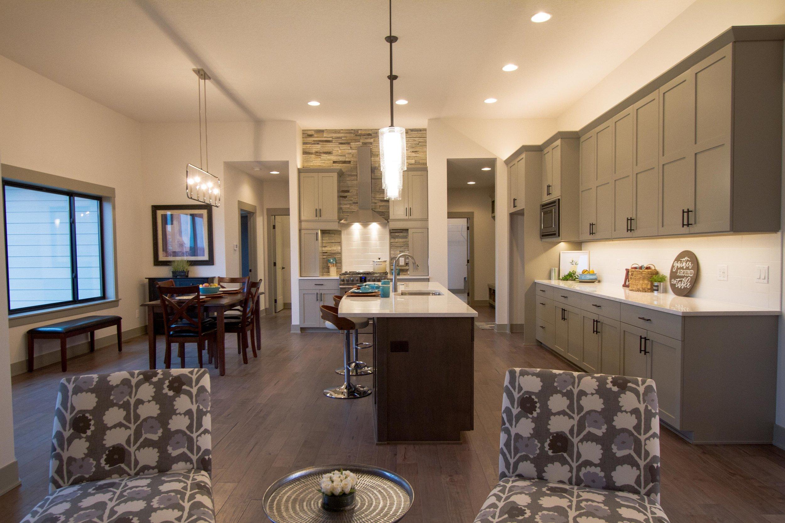 Next-Step-Homes_16885-Madison-Circle-Clive_Kitchen-Dining.jpg