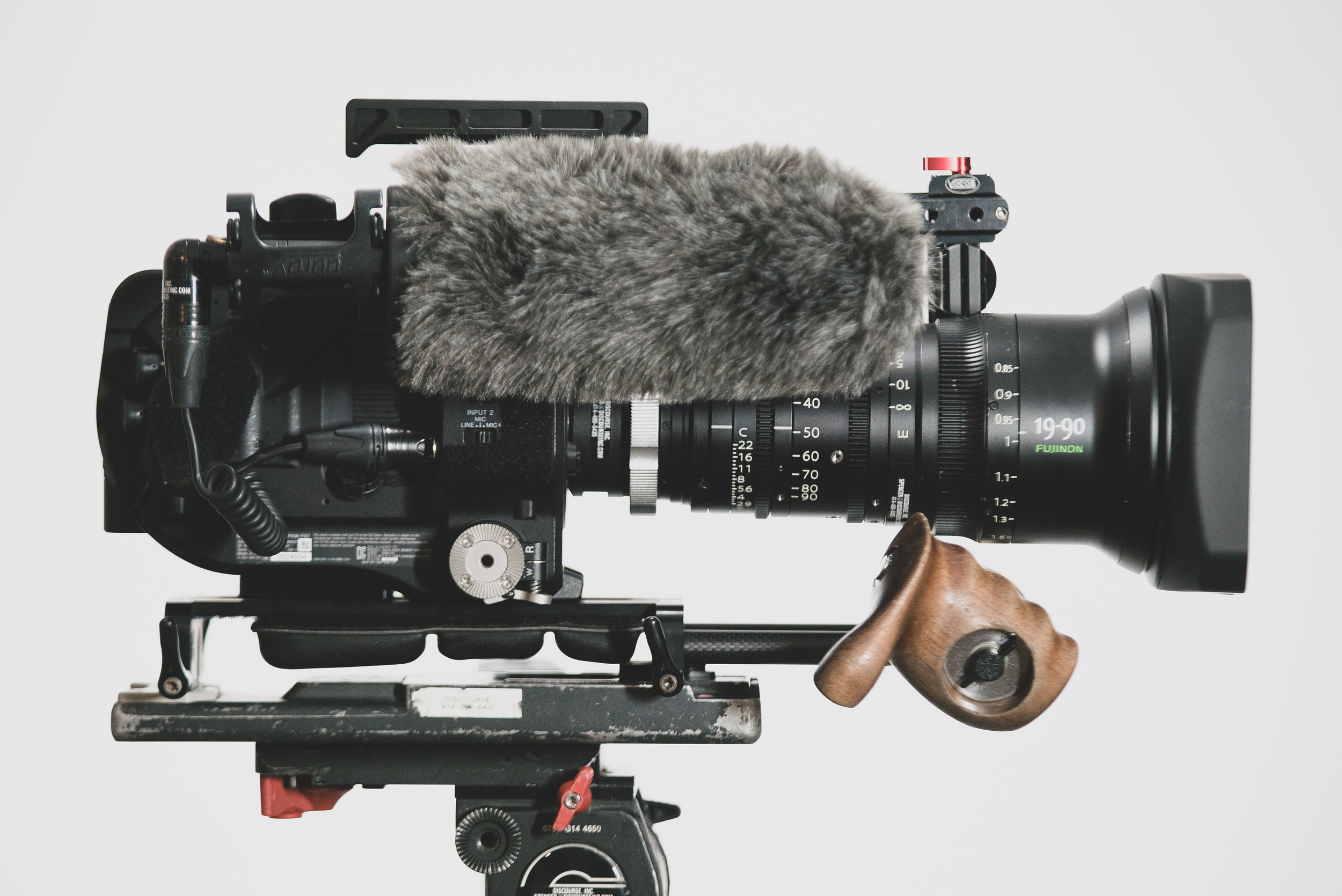 Stock Sony Smart Grip / Arm assembly included with rental.
