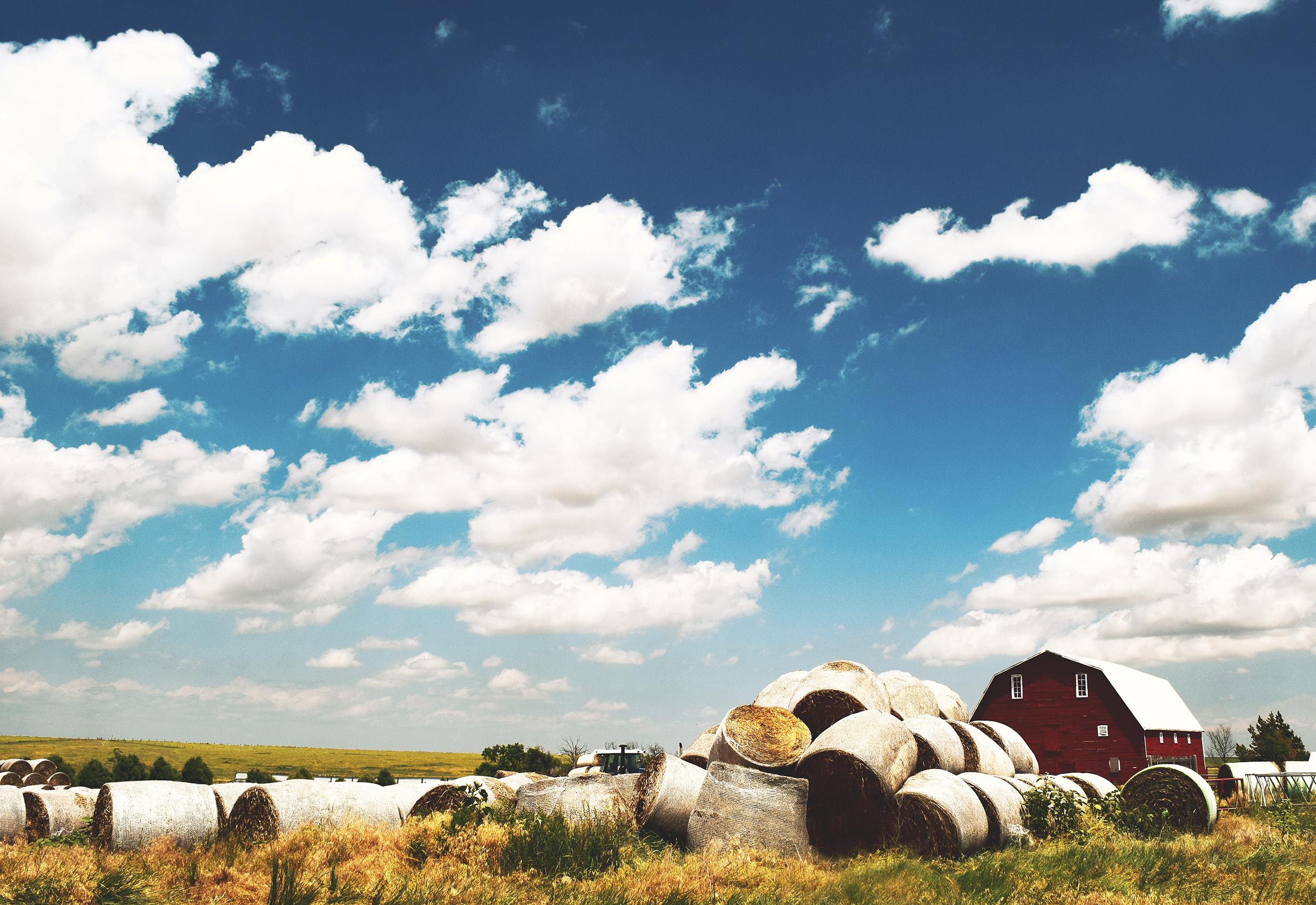 barn_bails_sky.jpg