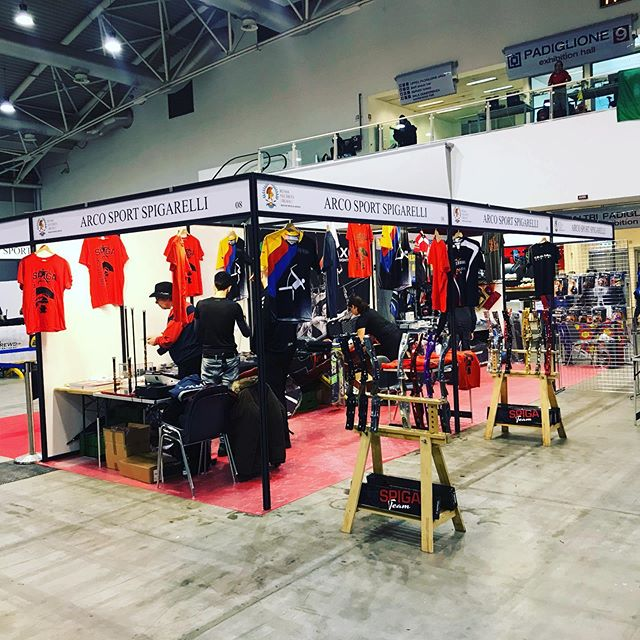We are here we are ready and we have prepared a lot of new free gifts and merch for all of you visiting us at the Rome indoor world series! Follow the updates and keep on shooting. #spigarelli #spigateam #indoorworldseries #spigafamily#shootforglory #archerylove #archerypassion  #indoorshooters