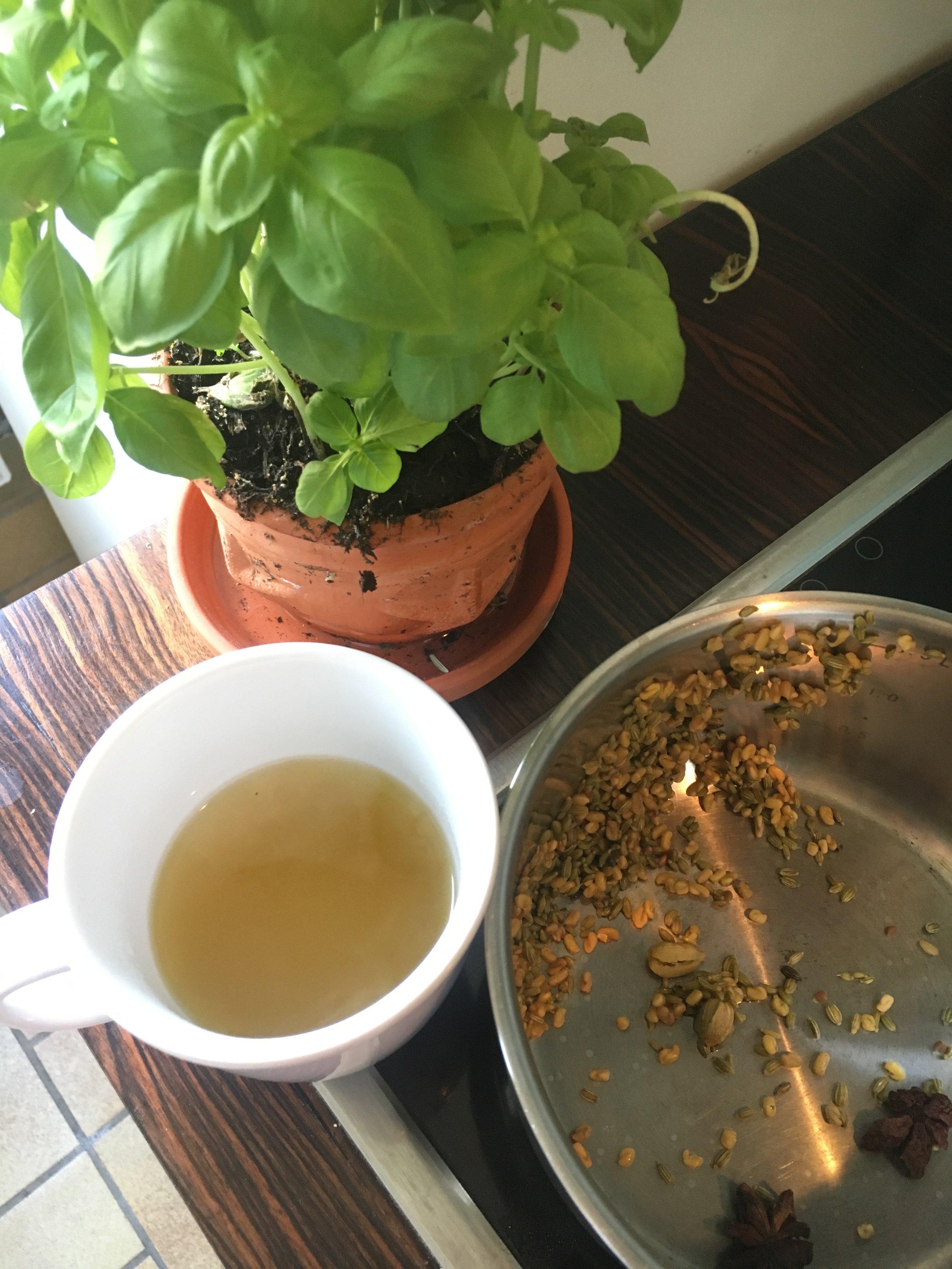 fenugreek_fennel_cardamom_tea.JPG