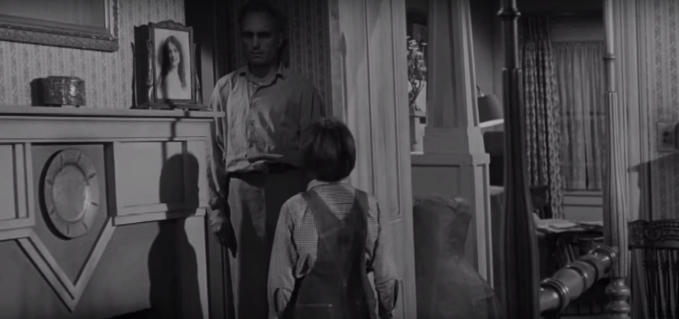Robert Duval and Mary Badham in  To Kill a Mockingbird