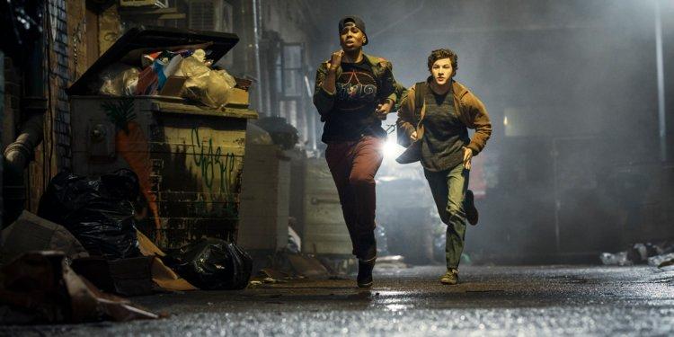 Helen (Lena Waithe) and Wade (Tye Sheridan) on the run in  Ready Player One